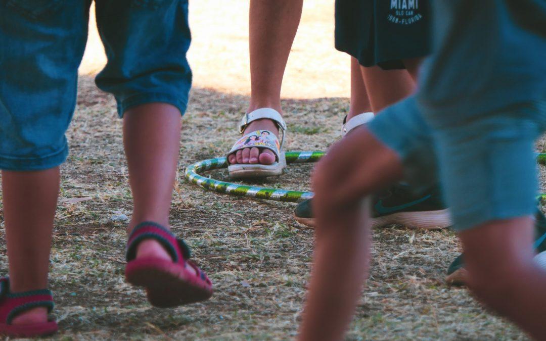 Un abbraccio tra educatori e famiglie, l'educativa territoriale di DAPPERTUTTO riprende a settembre